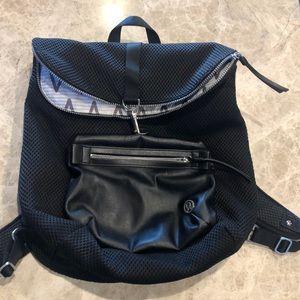 Lulu lemon back pack